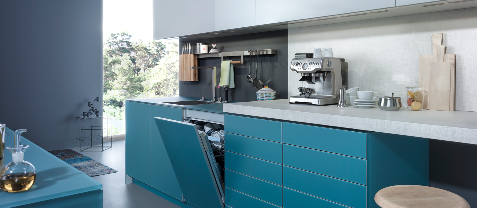 LARGO FG IOS M 2013 - Renaissance of Color | Kitchen Cabinets ...