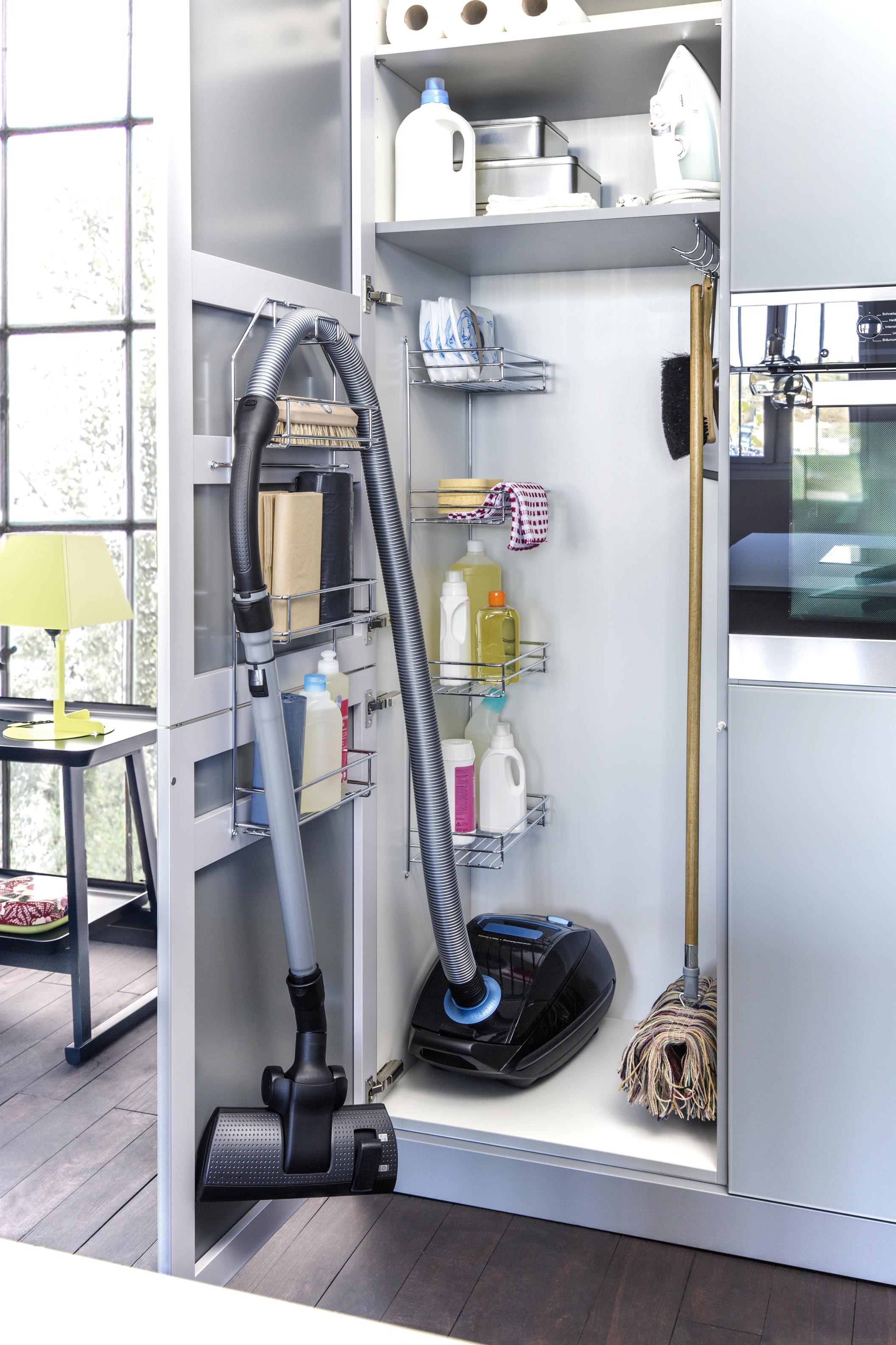 Выдвижные механизмы для кухни мебель от миттекс.