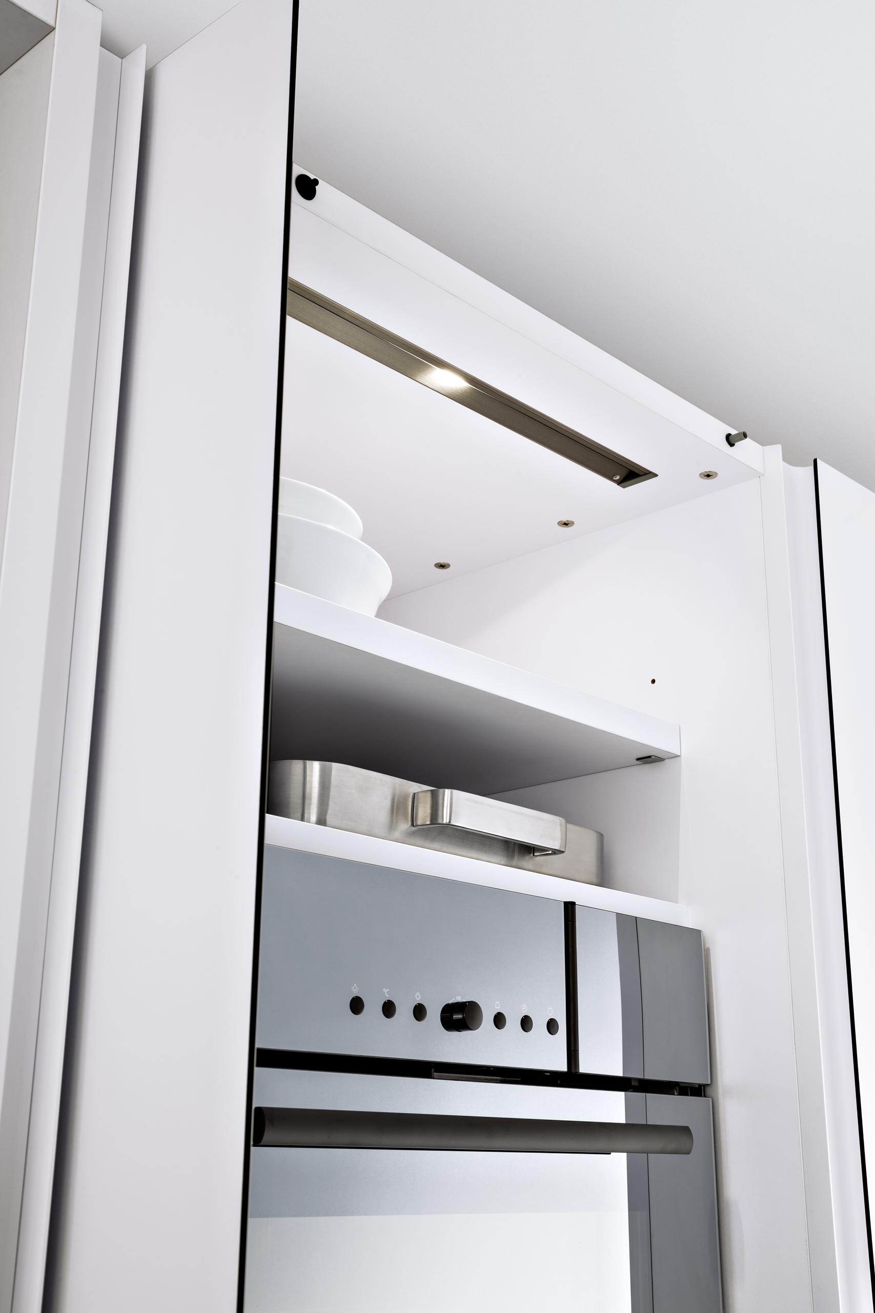 590 233 213 D06 100 136 Ncs Kitchen Cabinets Leicht New York