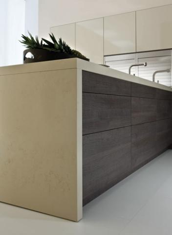 ORLANDO AMICA Kitchen Peninsula & Modern Touch